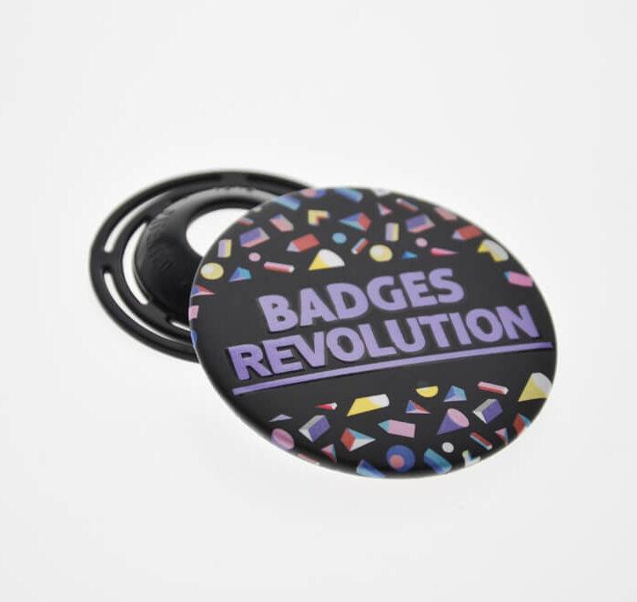 znaczki-badges-picture-1